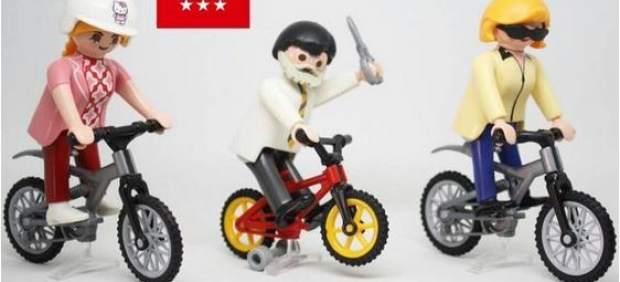 Rajoy, como un click y con tijeras
