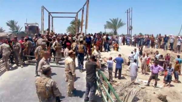 Atrapados a las afueras de Al Ramadi