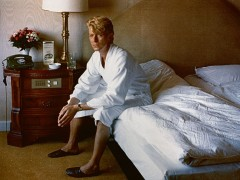 Helmut Newton - David Bowie, Bedroom, Kempinski Hotel, Berlin, 1983