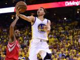 Stephen Curry se luce