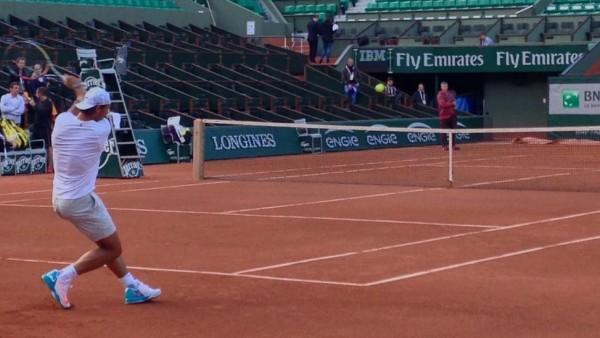 Rafa Nadal ya se ejercita en París
