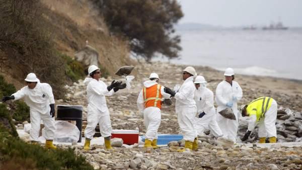 Vertido de crudo en Santa Bárbara