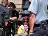Encadenadas ante la Generalitat