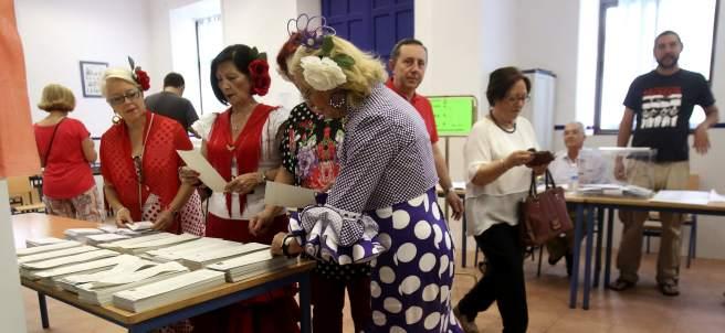 Vestidas de flamencas