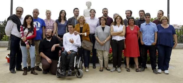 Manuel Carmena, con su equipo de concejales
