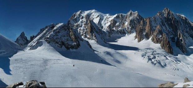La fotografía(digital/análoga) más enorme del mundo, del Mont Blanc