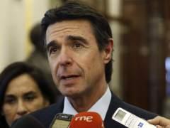 El ministro Soria asegura que Volkswagen le ha garantizado las inversiones en Espa�a