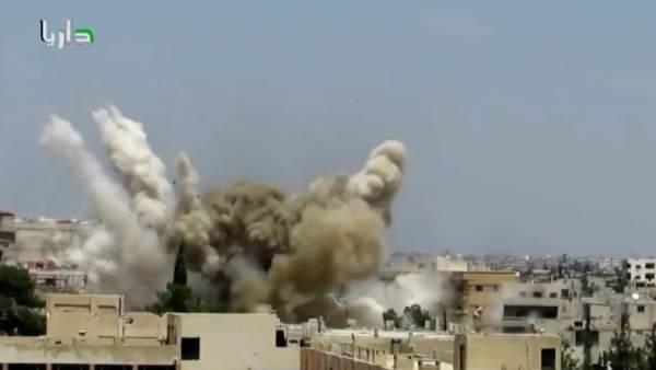 Francia bombardea a Estado Islámico en Siria
