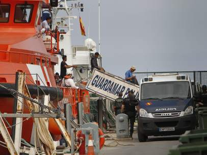 Rescatan 20 inmigrantes frente a Almería