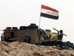 Mueren al menos 100 civiles en Irak en tres ataques aéreos contra un pueblo controlado por Daesh