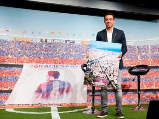 Homenaje de despedida a Xavi Hernández.
