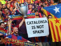 """El Govern ve """"extremadamente grave"""" el expediente de la UEFA al Bar�a por las esteladas"""