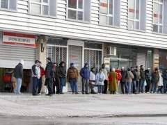 Los afectados por regulaciones de empleo caen un 46,5%