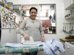 Barcelona reclama equiparar los derechos de las empleadas del hogar a los de otros trabajadores
