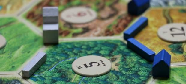 Los juegos de mesa resisten el embate de las nuevas tecnologías: del 'Risk' al 'Catán'