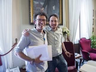 José María González Santos 'Kichi' y Pablo Iglesias