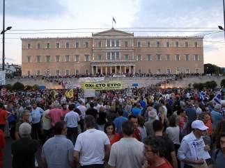 Multitudinaria protesta en Grecia
