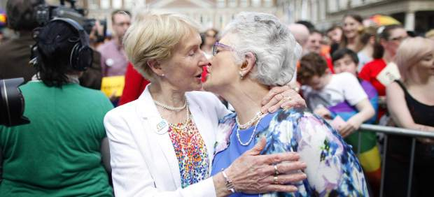 Italia aprueba el matrimonio homosexual pero sin derecho a adoptar