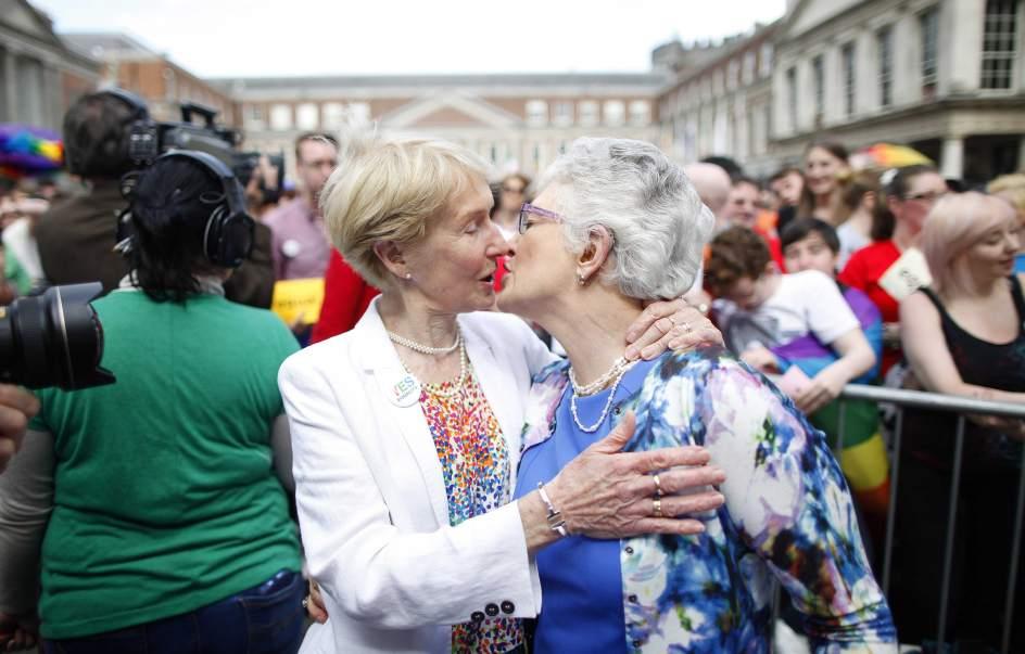 Matrimonio Gay In Usa : Italia aprueba el matrimonio homosexual pero sin derecho a