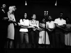 Nueva York luce la condici�n de patria chica del 'folk pol�tico'