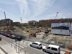 Carmena estudia a�n c�mo paralizar el centro comercial de Madrid R�o tras 2 meses de obras