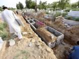 Nichos para los fallecidos durante la ola de calor en Karachi