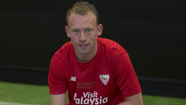 El Sevilla presenta a Krohn-Dehli