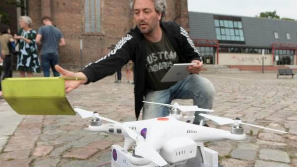 Dron con píldoras