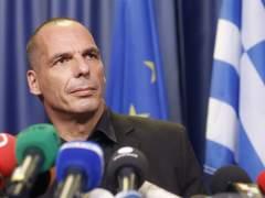 Varufakis admite que el Gobierno griego se plantea la dimisi�n si sale el 's�' en el refer�ndum