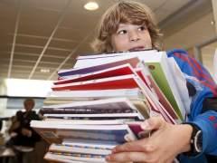 El cambio de libros de texto enfrenta a los editores con padres y administraciones