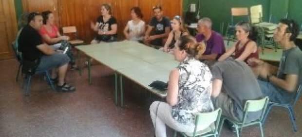 Vecinos encerrados en el colegio de Quéntar (Granada).