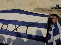"""Corralito en Grecia: """"Tenemos miedo de que los cajeros se queden sin dinero"""""""