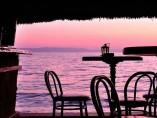 Chiringuito junto al mar