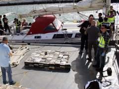 Incautan 3,5 toneladas de coca�na y 9 millones de euros a narcos