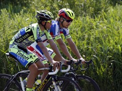 Alberto Contador se ejercita antes del Tour 2015