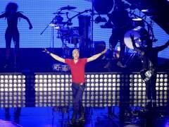 Enrique Iglesias y Juan Gabriel arrasan en los Billboard