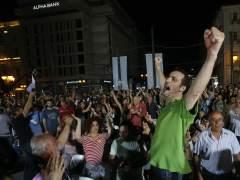 Directo: rotunda victoria del 'no' a la troika y espaldarazo ciudadano a Tsipras