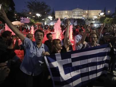 Celebraci�n del 'no' en Syntagma