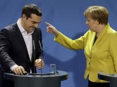 Alemania descarta un tercer rescate para Grecia, pero negociar�