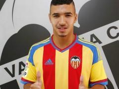 El Valencia confirma fichaje de Bakkali, que viajar� a Austria con plantilla