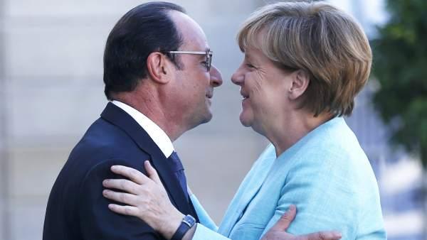 Merkel y Hollande tratan la crisis griega