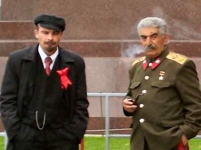 Dobles de Lenin y Stalin