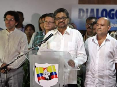 Las FARC anuncian un alto el fuego