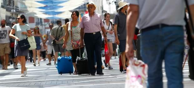 Cataluña arrastrará a España a su primera caída de turistas tras muchos años de escalada