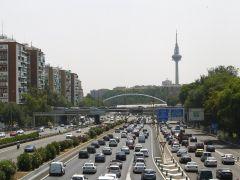 Tr�fico prev� casi 5 millones de desplazamientos por el puente del Pilar