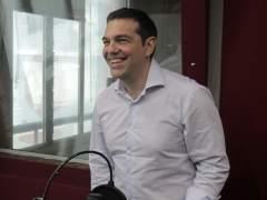 Tsipras defiende el tercer rescate