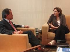 Mas y Colau evitan chocar por el proceso soberanista y coinciden en criticar a Rajoy
