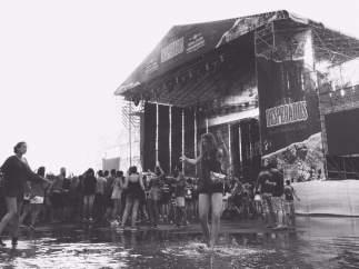 Se reanudan los conciertos tras la tormenta en el Arenal Sound 2015.
