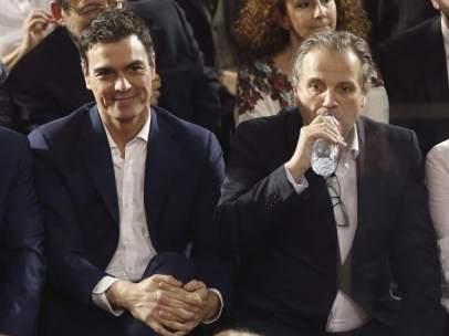 Pedro S�nchez y Antonio Miguel Carmona