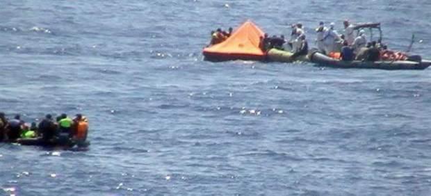 Rescate inmigrantes en la costa de Libia